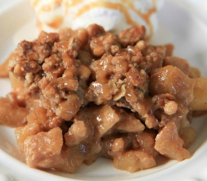 Salted Caramel Apple Crisp