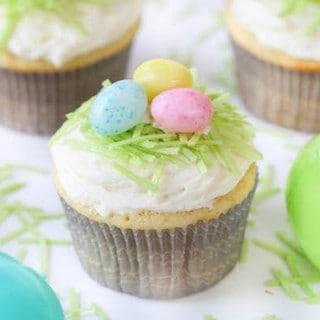 Easter Lemon Cupcakes with Lemon Buttercream Frosting