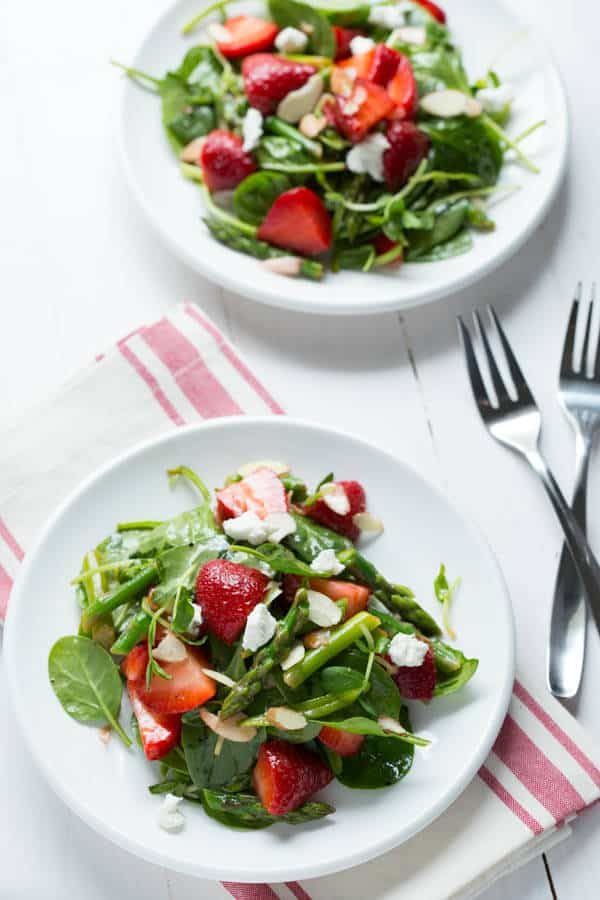 Strawberry Spinach and Asparagus Salad