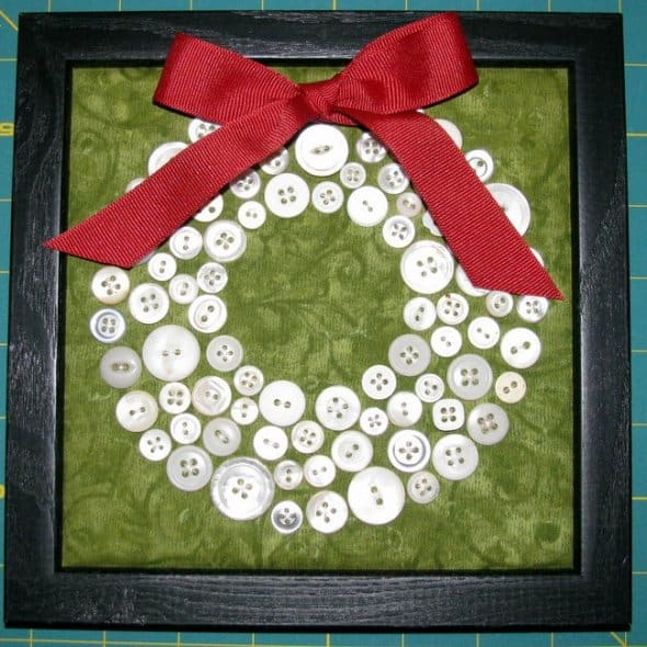 Craft Example - White Circle Made of Buttons