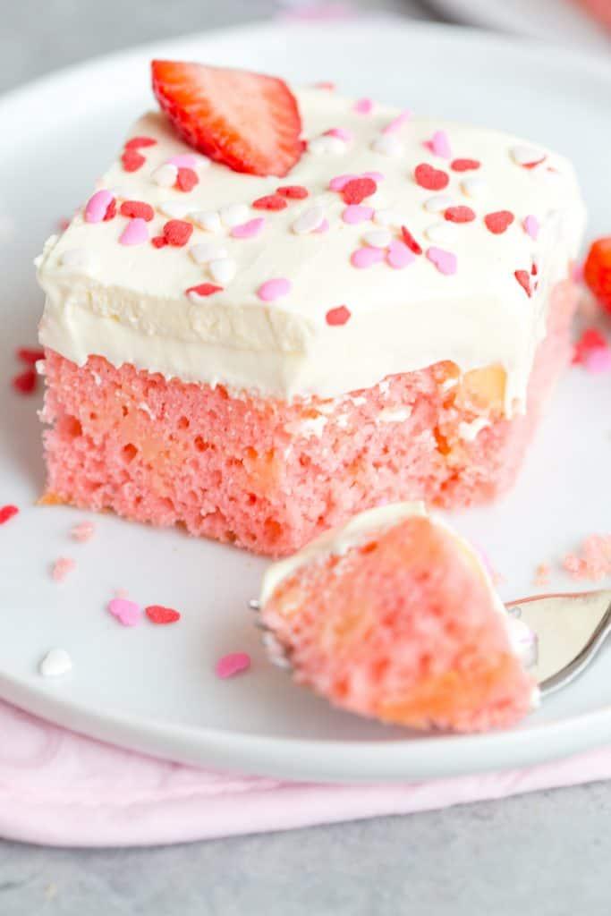 Strawberry Pudding Poke Cake