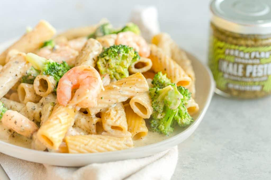 One Pan Lemon Broccoli Pesto Pastsa